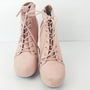 Qupid Shoes - Qupid booties Sz 9 pale pink